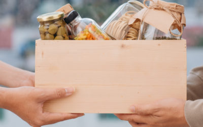 5 Ways to Give Back to Our Local Community This Holiday Season
